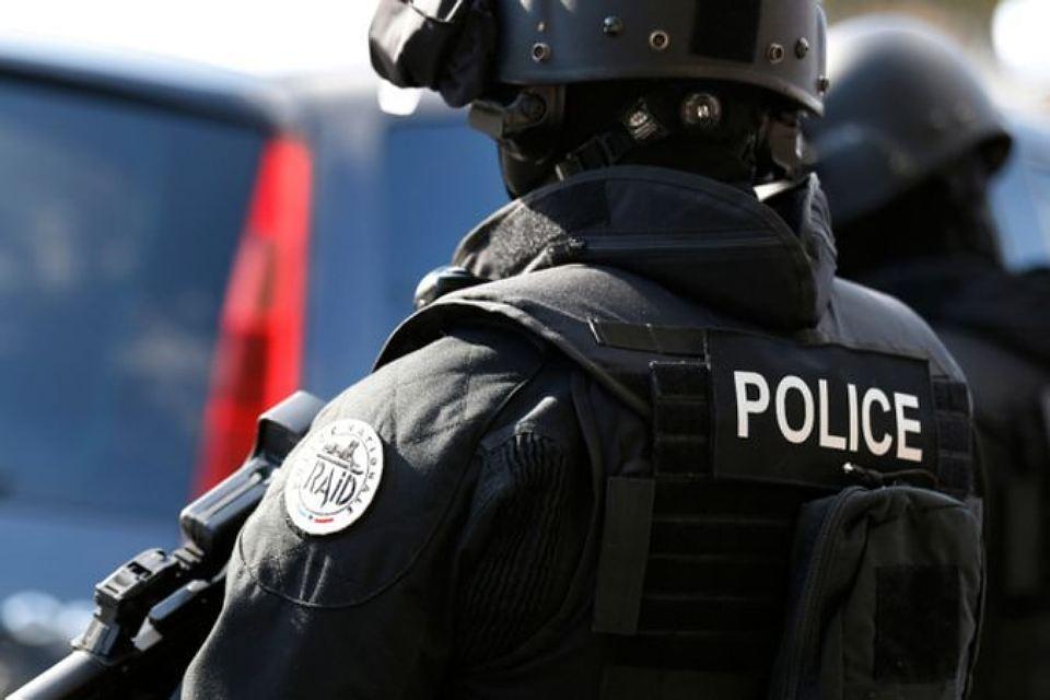 11 человек задержано по подозрению в поставках наркотиков на Лазурный берег