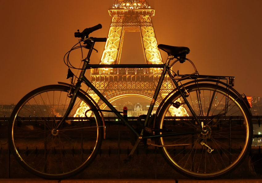 Eiffel-Tower-And-A-Bicycle-At-Night-e1522749538487.jpg