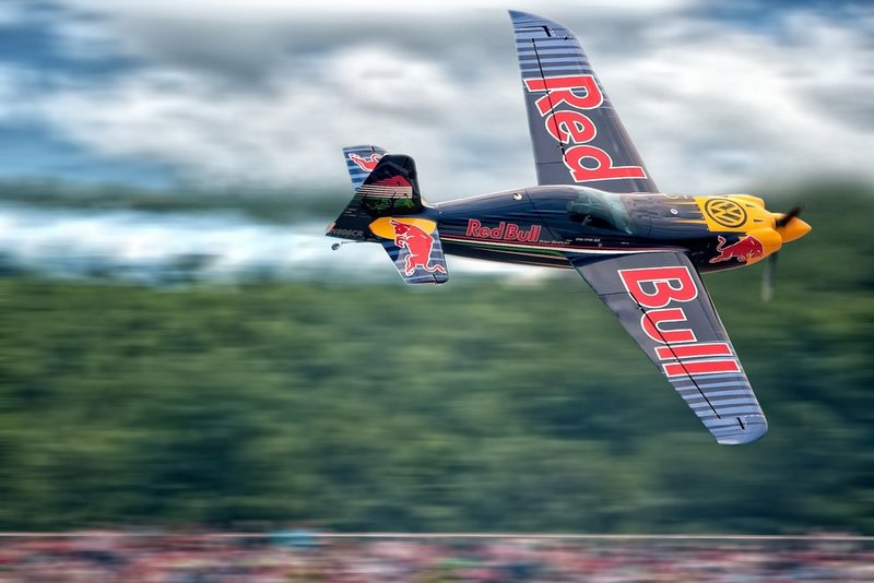 Red-Bull-Air-Race-v-Cannah-1.jpg