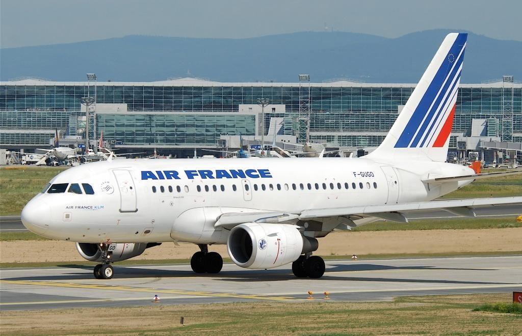 Air_France_Airbus_A318-111_F-GUGO-FRA06.07.2011_603ho_5915197546-1024x660.jpg