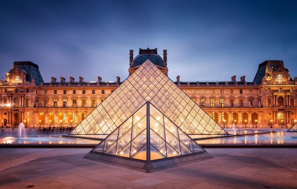 Paris-Louvre-Museum-1920x1408-1024x652.jpg