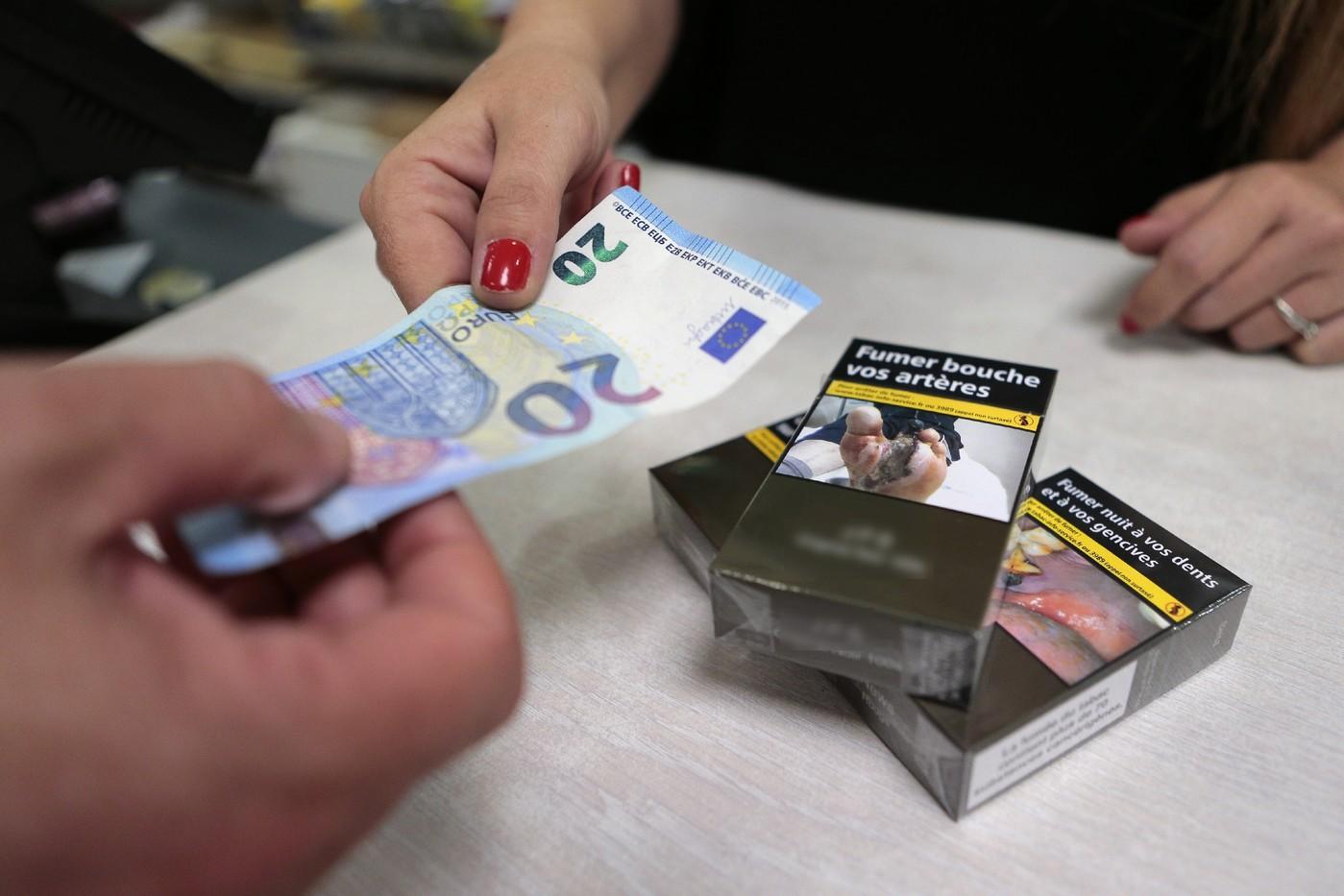 купить сигареты во франции