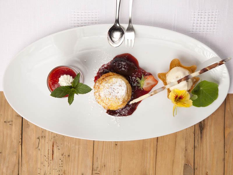 praemierte_restaurants_nachspeise_willipfister_c_zillertaltourismus_blickfang_photographie__1_.jpg