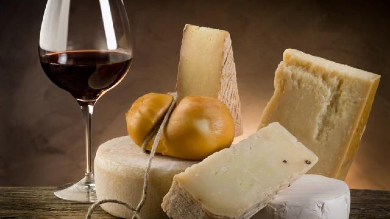 159.accords-entre-les-fromages-et-les-vins.w_1280.h_720.m_zoom.c_middle.ts_1335973799.1-1280x720.jpg