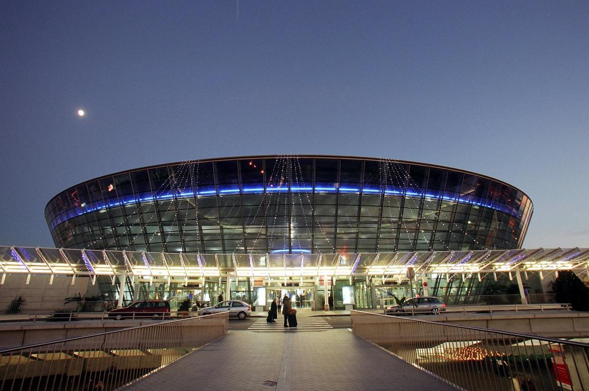 Aeroport-Nitstsa.jpg