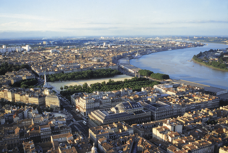 World___France_Panorama_of_the_city_of_Bordeaux__France_071658_.jpg