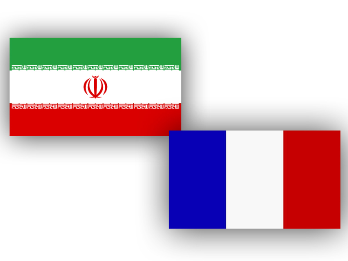 iran_france_flags_180615.jpg
