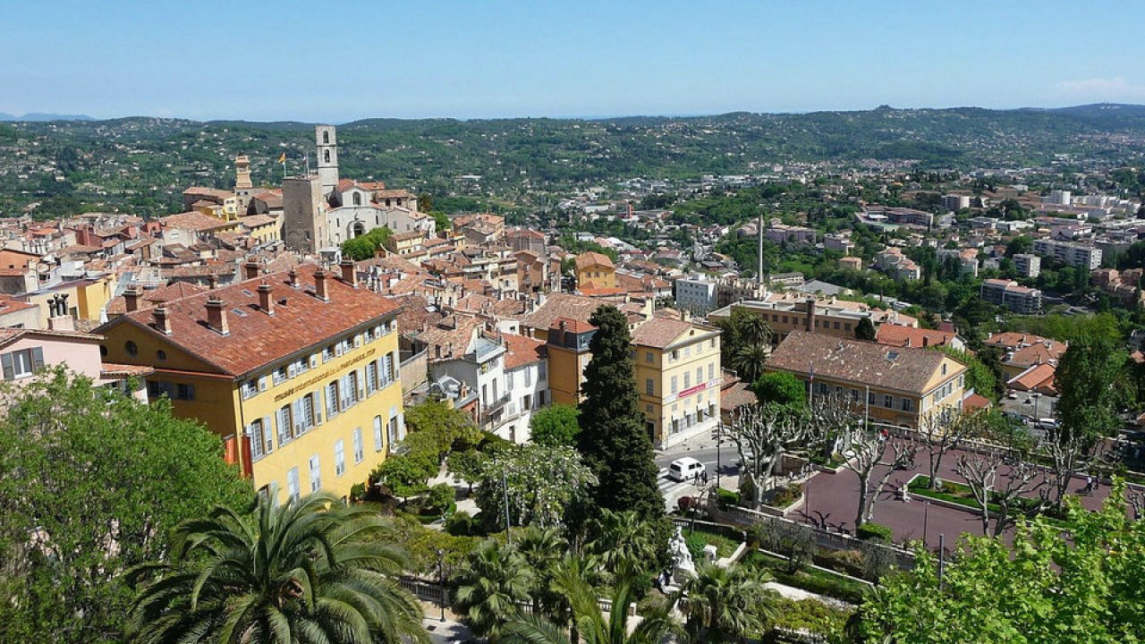 Grasse-Travel-Guide-Alpes-Maritimes-France.jpg