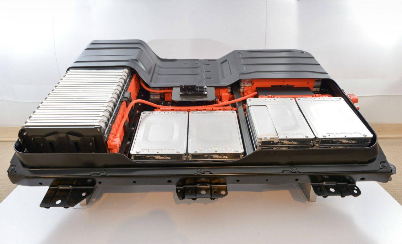 leaf-battery-hevcars-1280x777.jpg