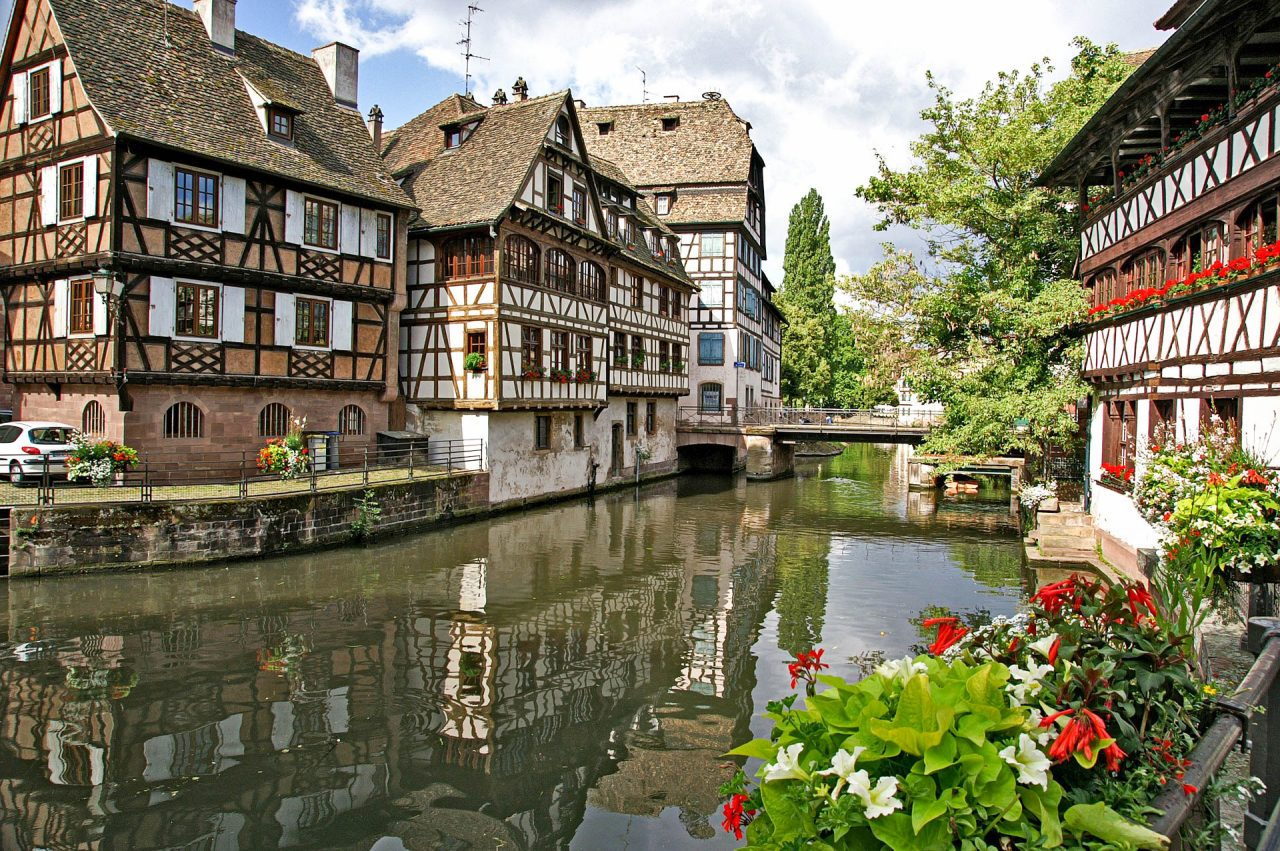 strasbourg-1354439_1920-1280x851.jpg